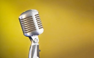 How to Become a Professional Speaker: A Comprehensive Toolbox
